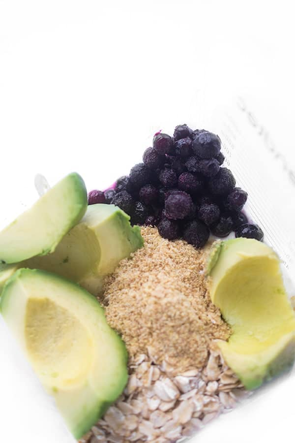 avocado-blueberry-baby-smoothie-with-oatmeal-and-flax-seed