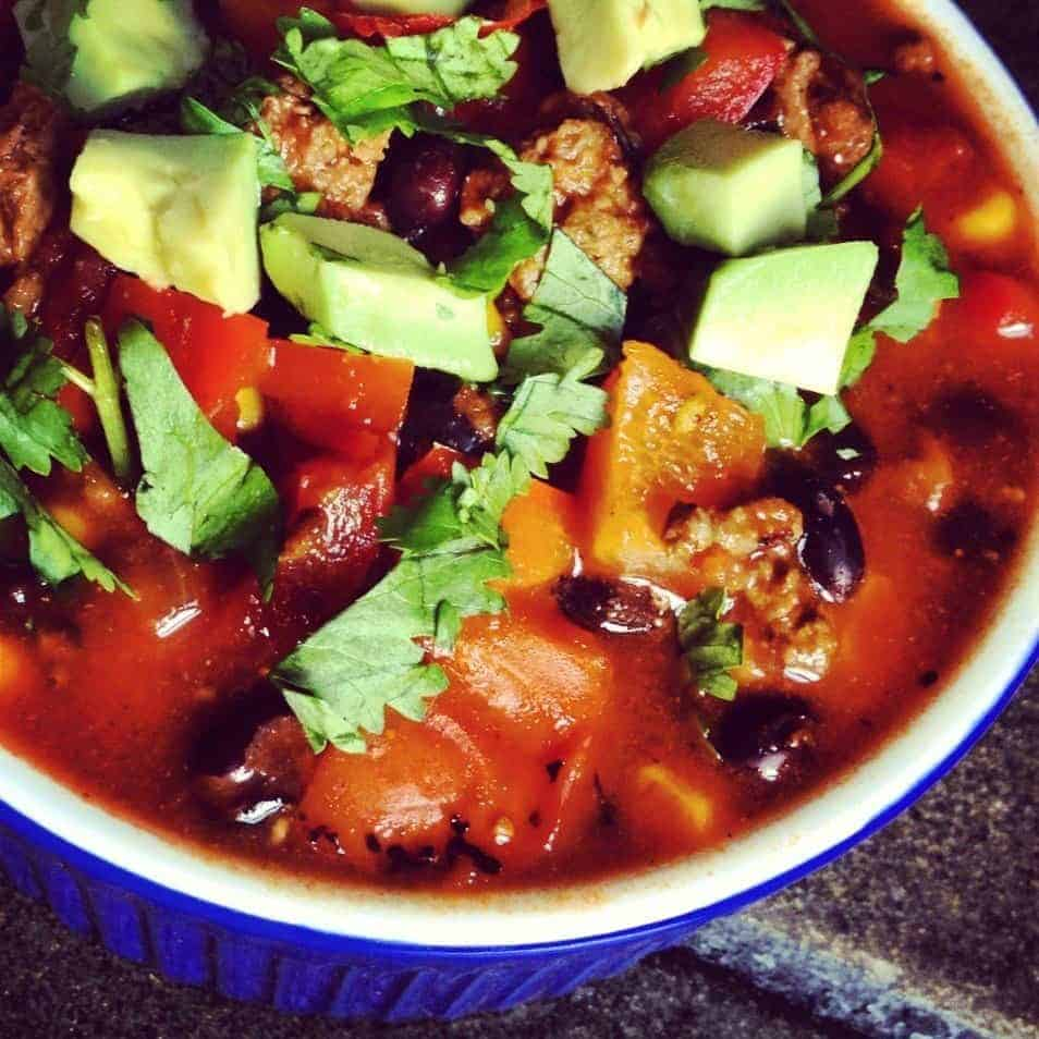 Beef Chili with Black Beans - The Lemon Bowl