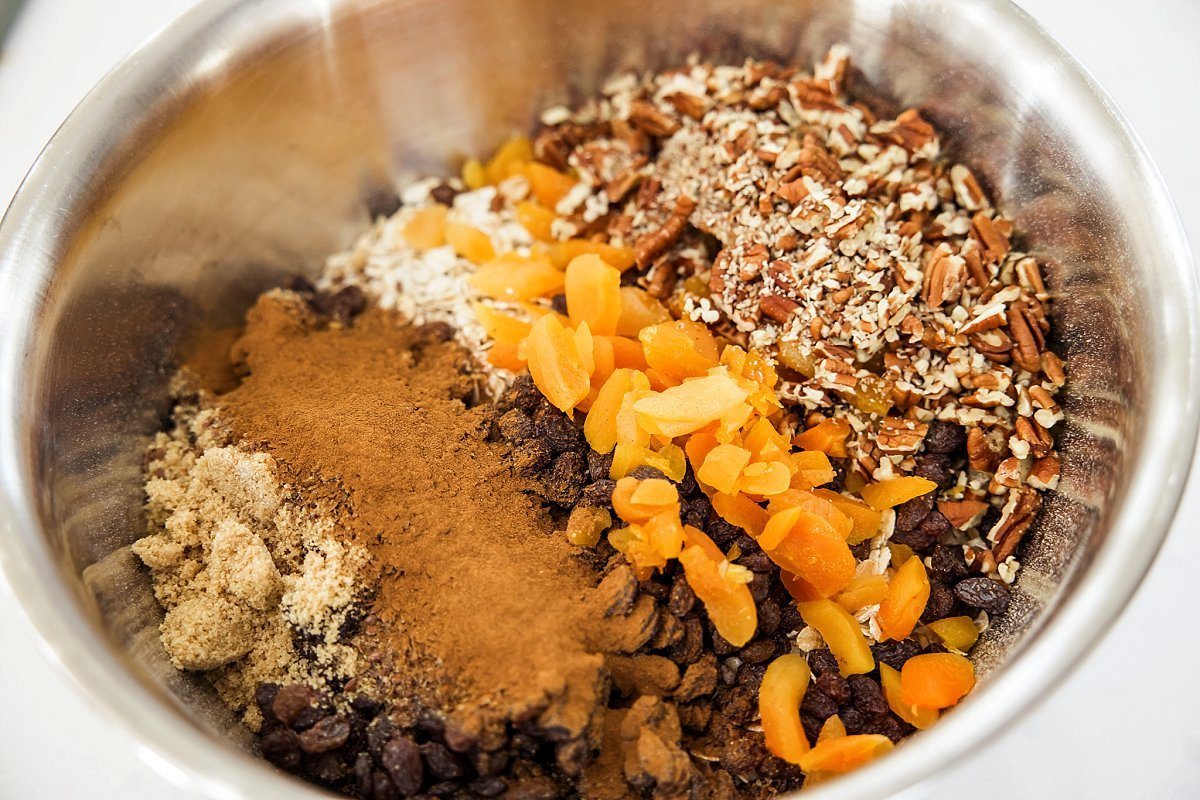 ingredients in homemade instant oatmeal mix
