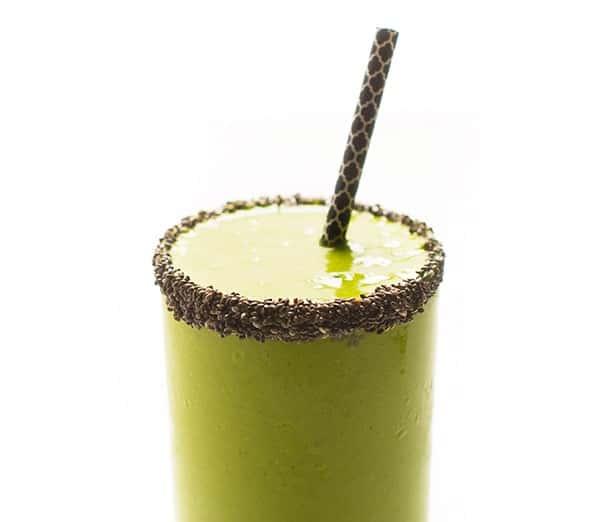 Coconut-Mango-Green-Smoothie-Recipe-easy-healthy-breakfast-snack
