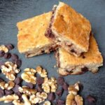 Banana Oatmeal Chocolate Chip Bars - The Lemon Bow