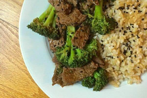 Beef and Broccoli Stir Fry - The Lemon Bowl