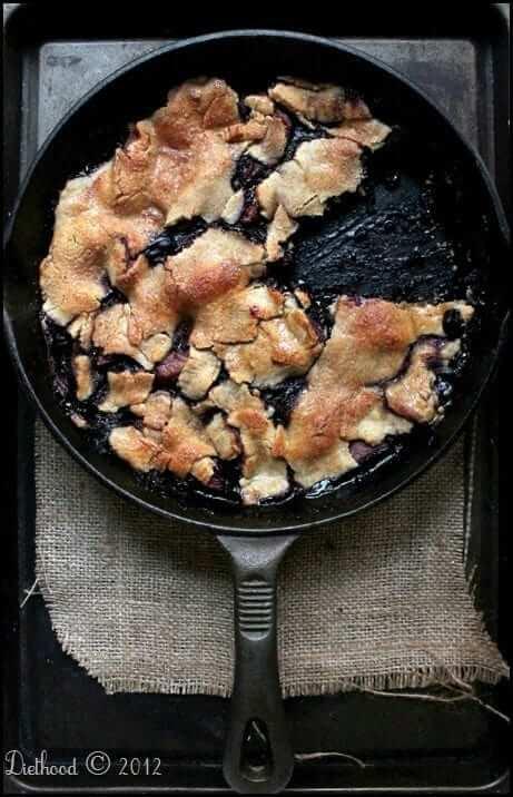 Skillet Apple Berry Pie - Diethood