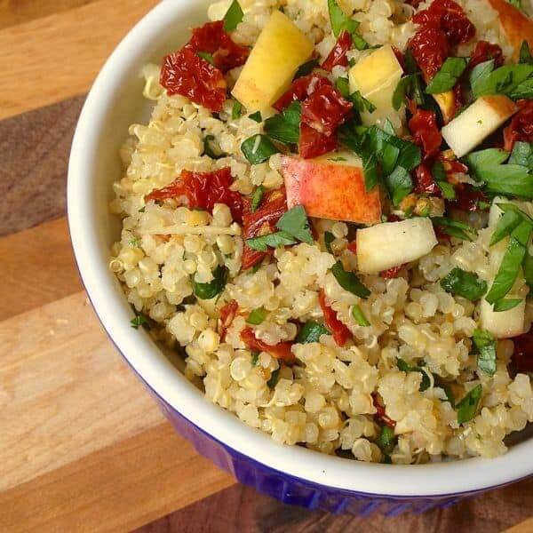Quinoa with Sun-Dried Tomatoes, Apples and Scallions - The Lemon Bowl