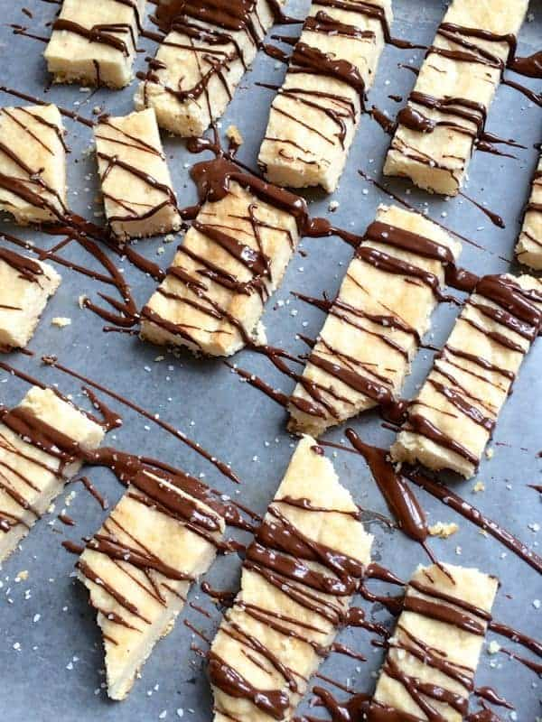Lemon Shortbread with Salted Chocolate Drizzle - The Lemon Bowl