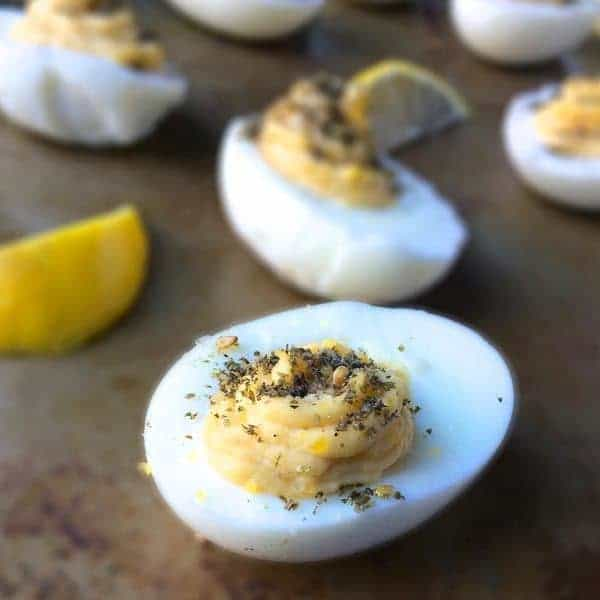 Deviled Eggs with Hummus and Za'atar - The Lemon Bowl