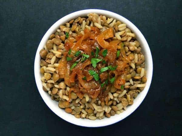 M'Juddarah - Lentils and Rice with Caramelized Onions - The Lemon Bowl