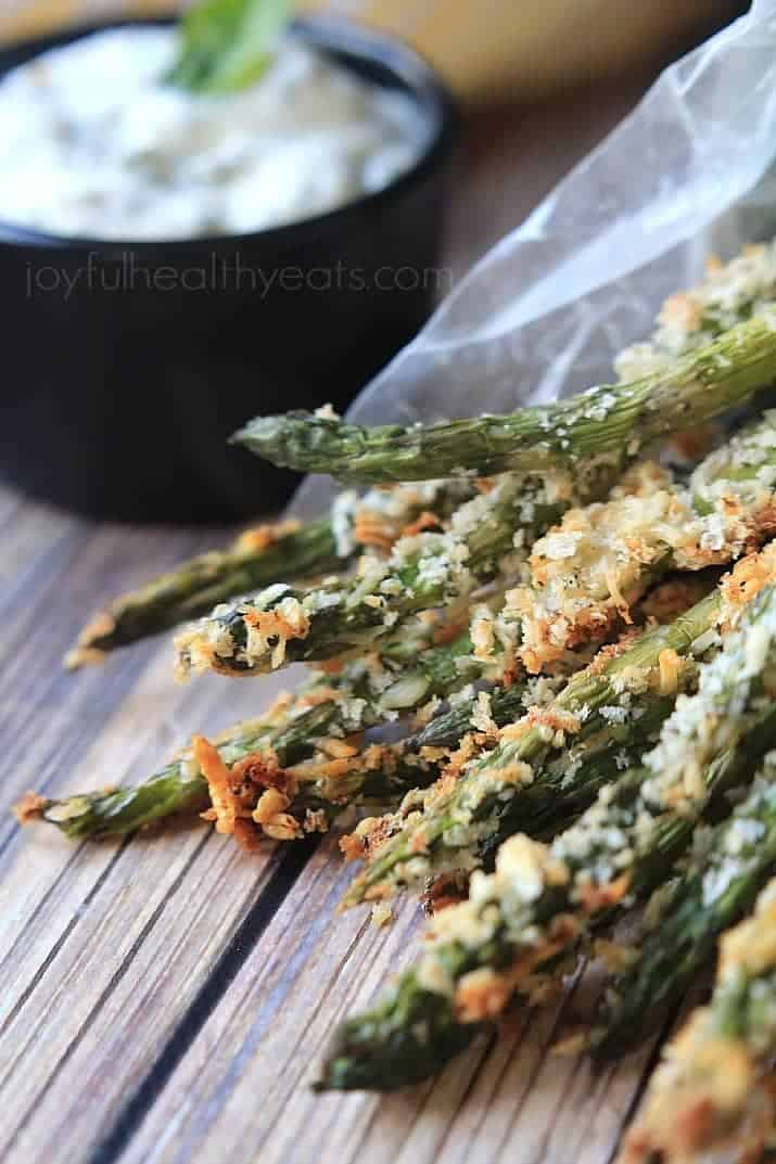 Baked-Asparagus-Fries-with-Garlic-Herb-Aioli_6