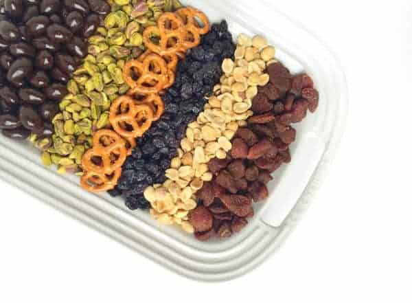Homemade Fruit and Nut Trail Mix - The Lemon Bowl