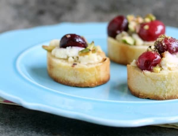 CRAVINGS OF A LUNATIC Crostini-with-Fresh-Cherries-and-Pistachios-7