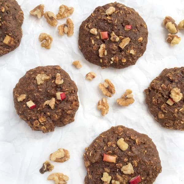 Apple Oatmeal Walnut Breakfast Cookies - The Lemon Bowl