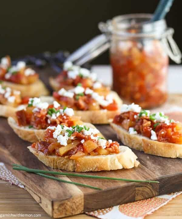 Crostini with Savoy Tomato, Bacon and Apple Jam - Garnish with Lemon