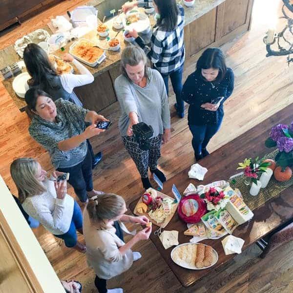Blogger Photographing Food - The Lemon Bowl