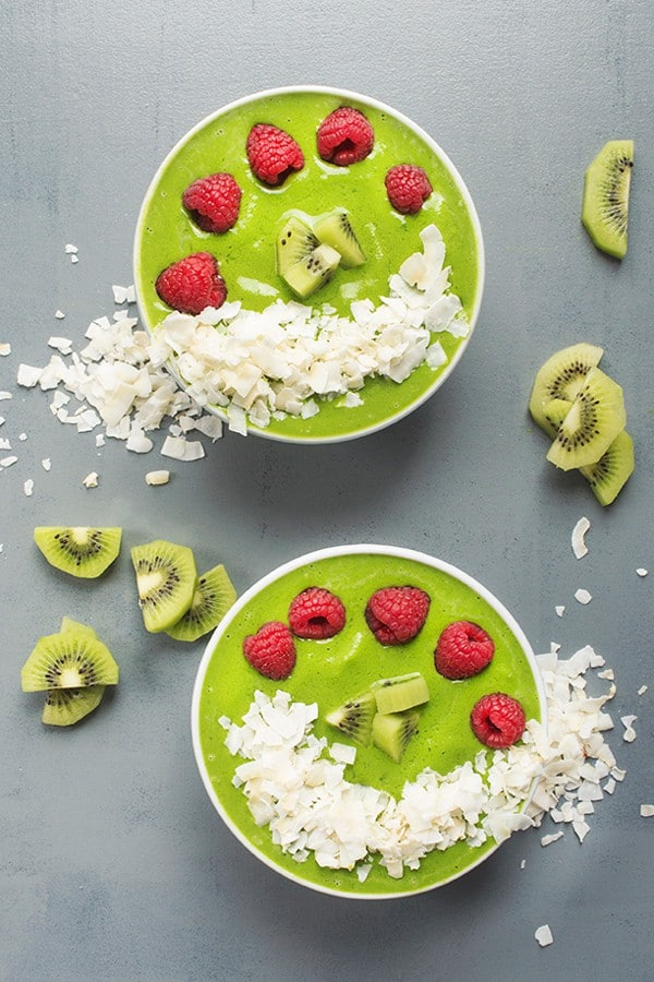 Green Smoothie Bowl with Coconut - A fresh and delicious breakfast bowl recipe