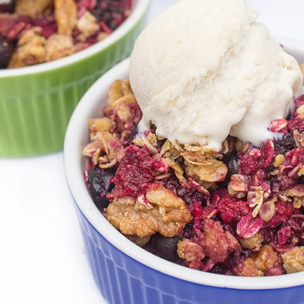 Berry Crisp with Almond Meal - a delicous gluten free dessert recipe