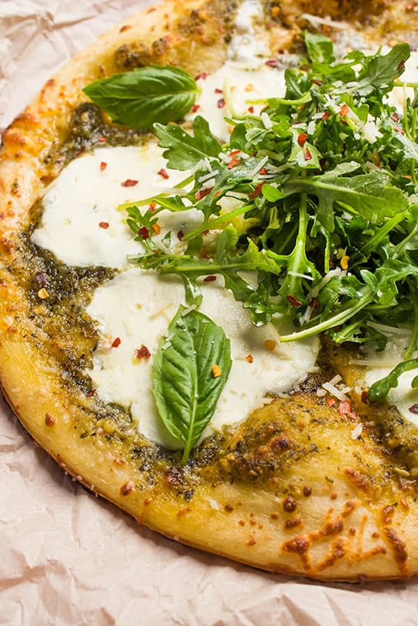 Grilled Pesto Pizza with Fresh Mozzarella - A fast and easy summer pizza recipe