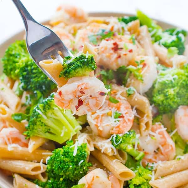 Pasta with Shrimp and Broccoli - a fast weeknight dinner recipe
