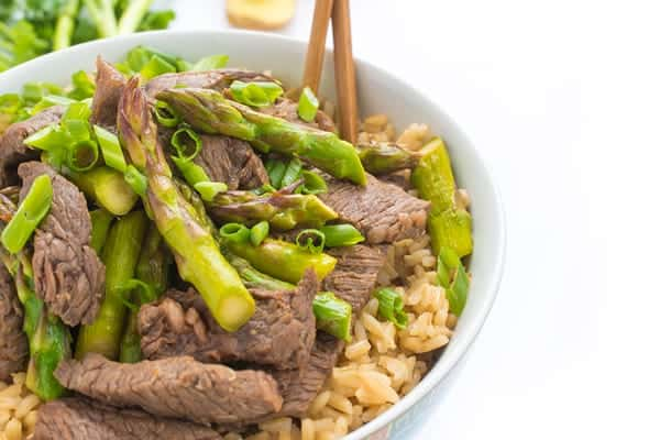 Ginger Beef and Asparagus Stir Fry - a fast Asian dinner recipe