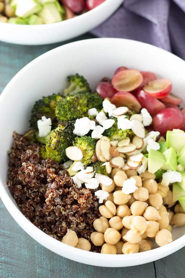 quinoa-and-roated-broccoli-lunch-bowls- Kristines Kitchen
