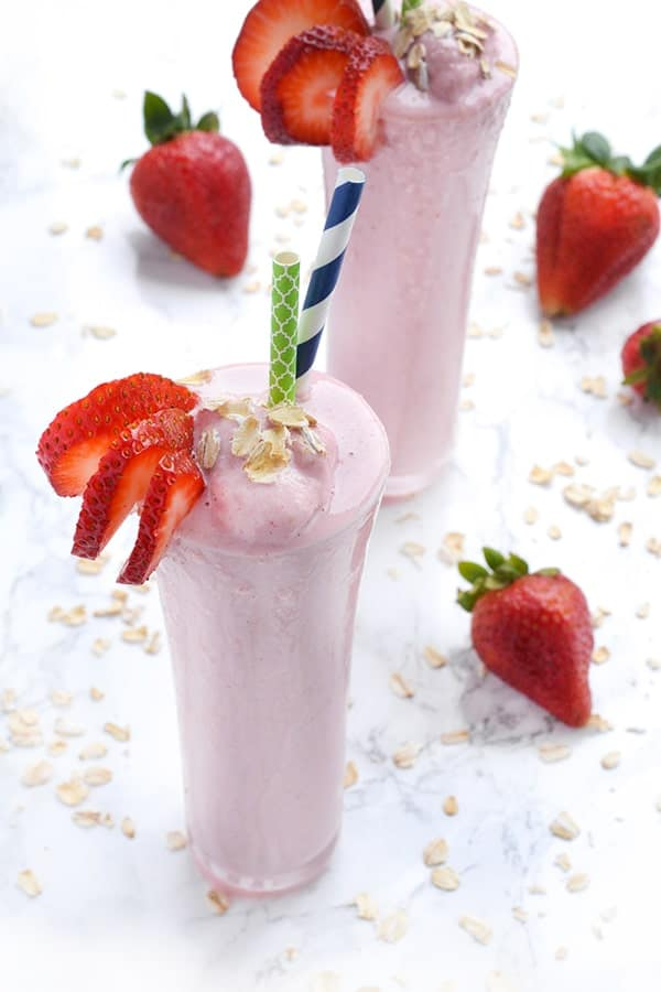 Strawberry Oatmeal Flax Seed Smoothie - a protein-rich breakfast recipe