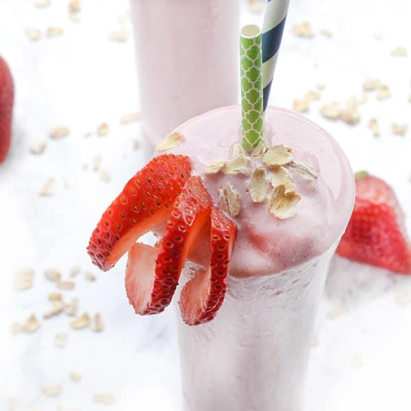Strawberry Vanilla Oatmeal Smoothie - a healthy breakfast recipe