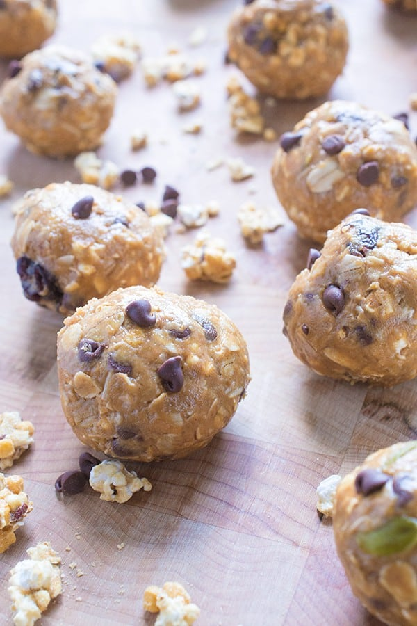 No Bake Peanut Butter Energy Balls - a healthy snack recipe