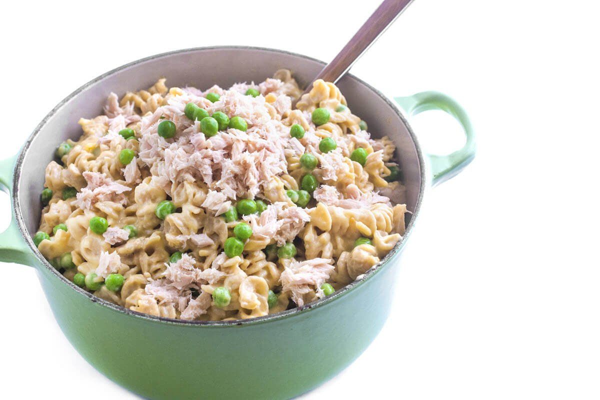 Easy Mac and Cheese with tuna in a pot