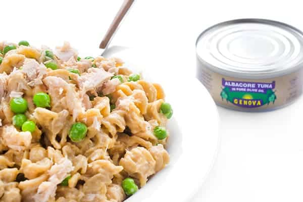 Easy Mac and Cheese with Tuna and Peas - a kid-friendly pasta recipe