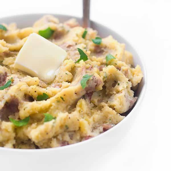 garlic-mashed-potatoes-recipe-a-crowd-pleasing-side-dish