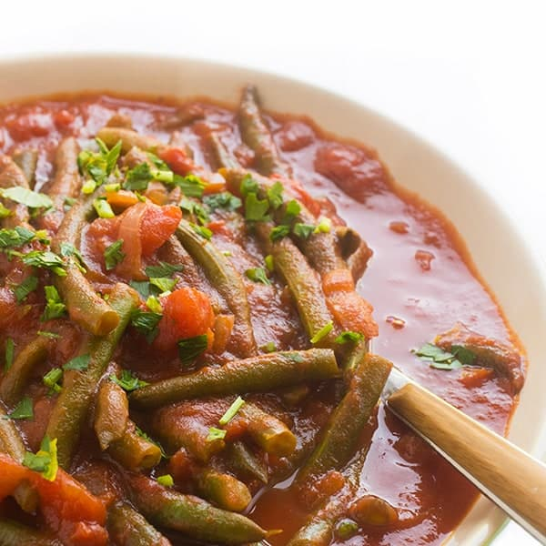 lebanese-stewed-green-beans-with-tomatoes-a-healthy-side-dish-recipe