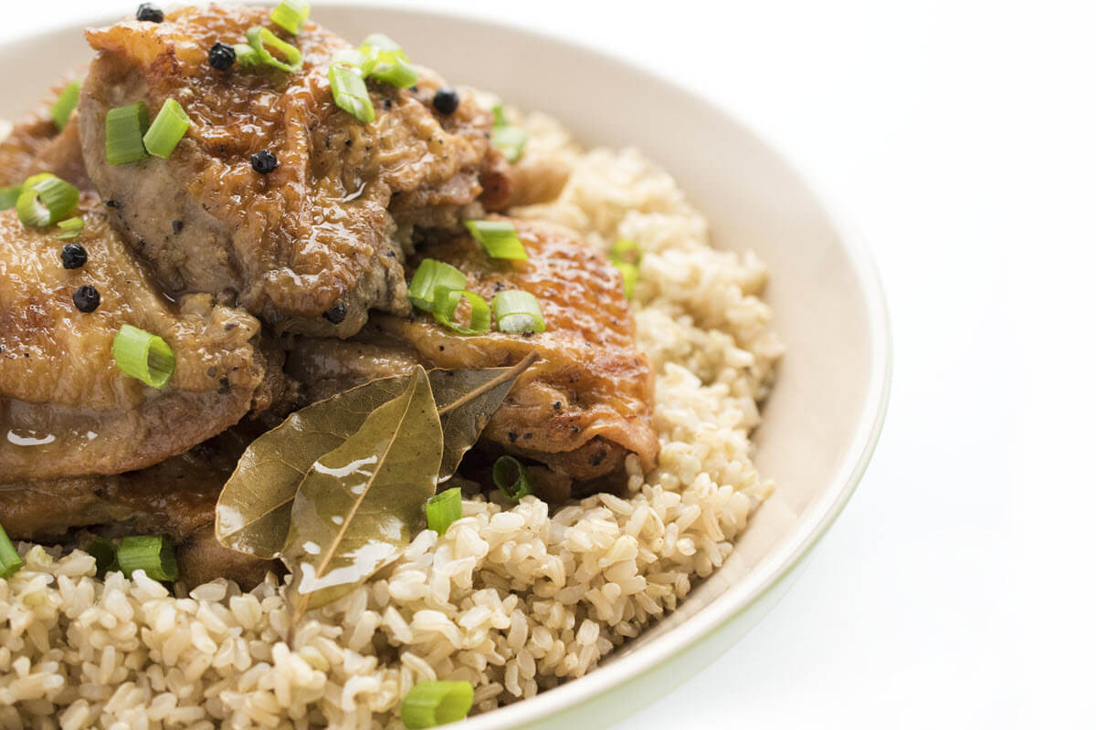 slow cooker chicken adobo side view