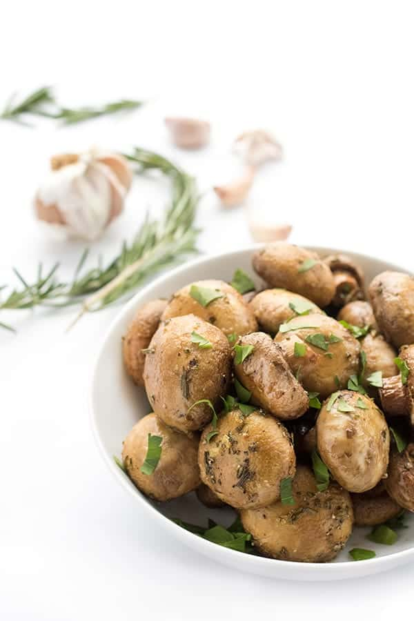 Roasted Mushrooms with Garlic and Rosemary - a healthy fast side dish recipe