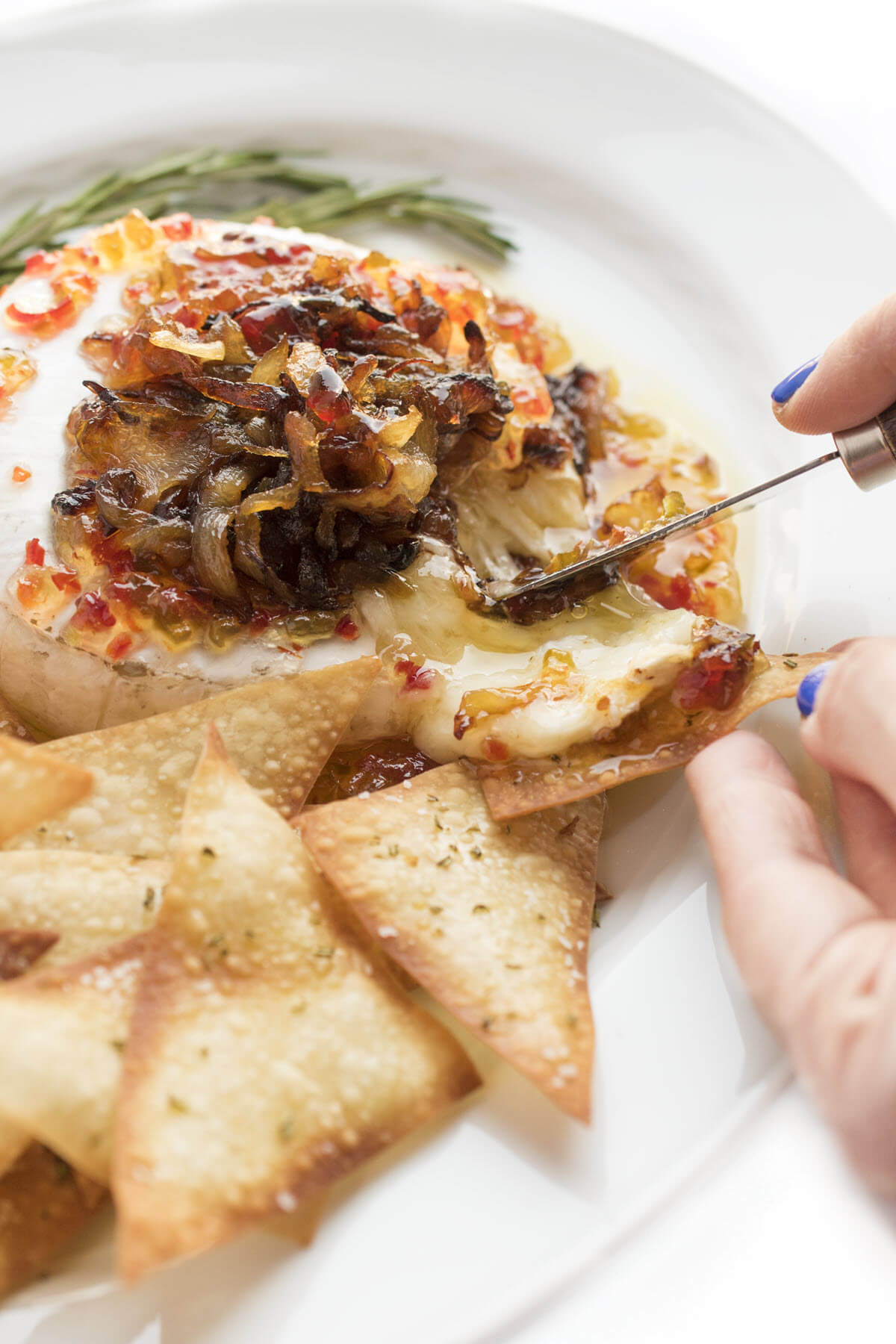 Baked Brie Appetizer with Caramelized Onions