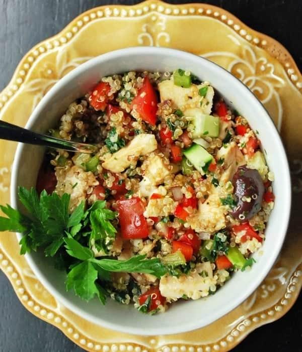 Mediterranean Chicken Quinoa-Salad-Pin