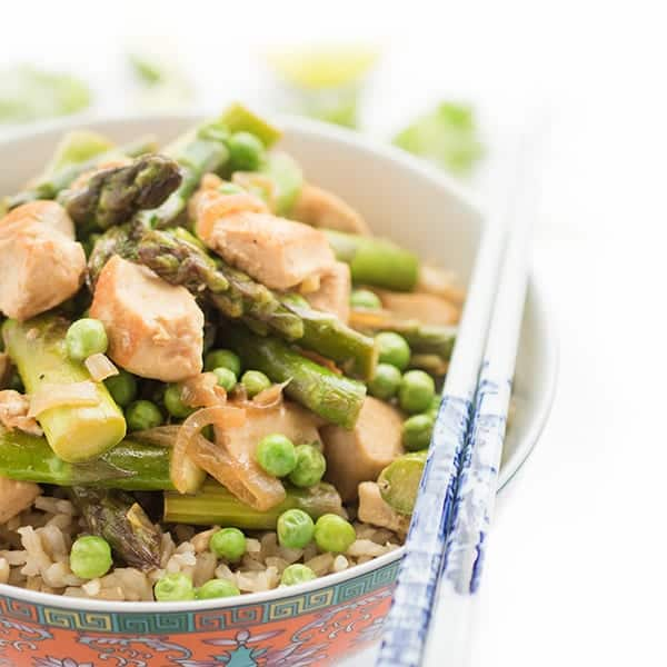 Thai Green Chicken Curry with Asparagus - a healthy stir fry recipe