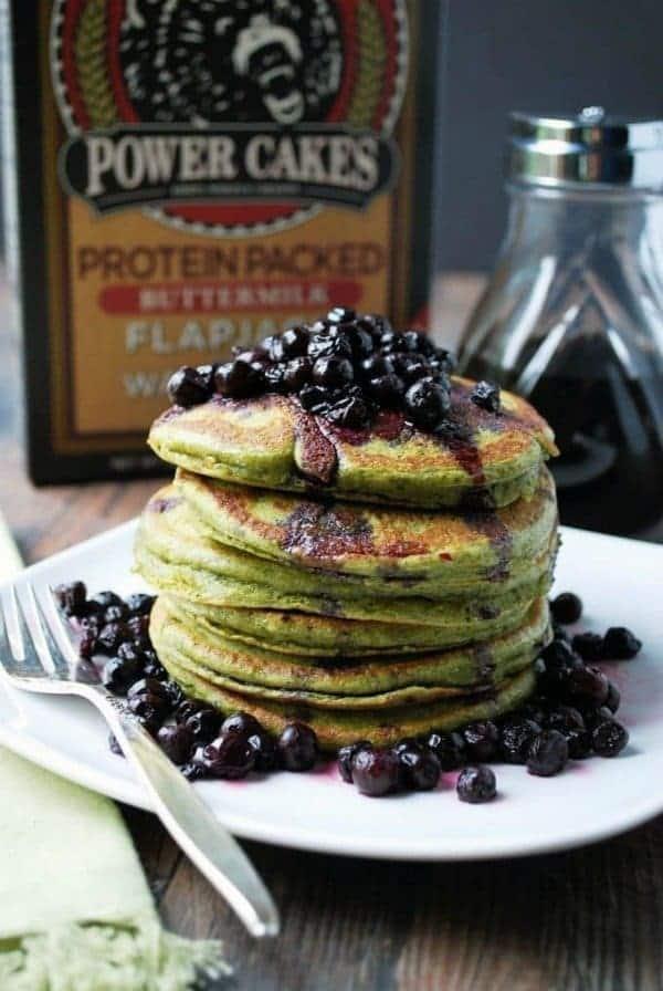 Wild-Blueberry-Matcha-Protein-Pancakes-2-e1489677906403