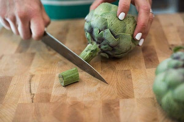 Trimming Artichokes - Tutorial on Cookign Aritchokes