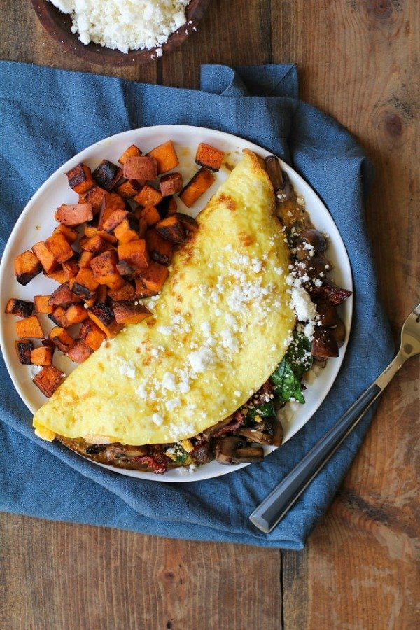 spinach_mushroom_sun_dried_tomato_omega_3_omelet_1