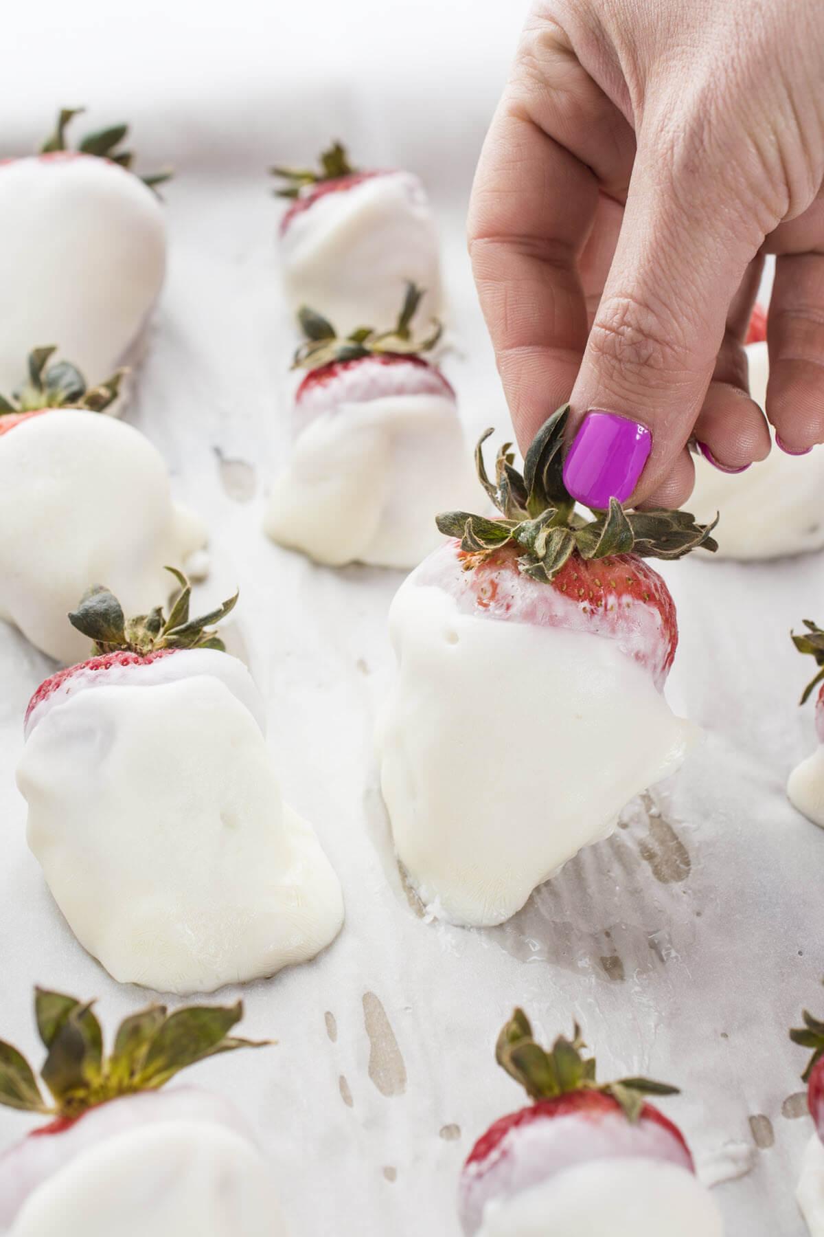 Frozen Yogurt Coated Strawberries Recipe
