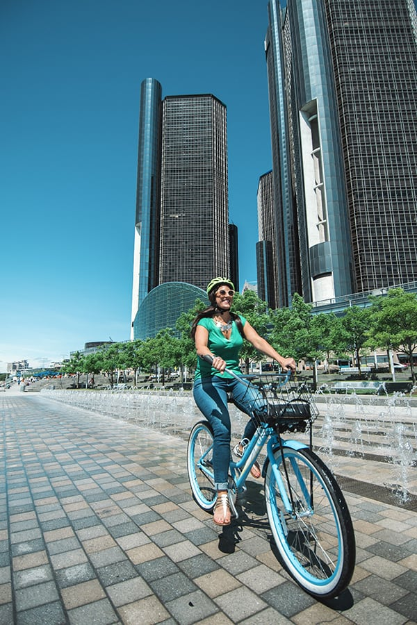 What to do in Detroit Michigan. Riding a bike