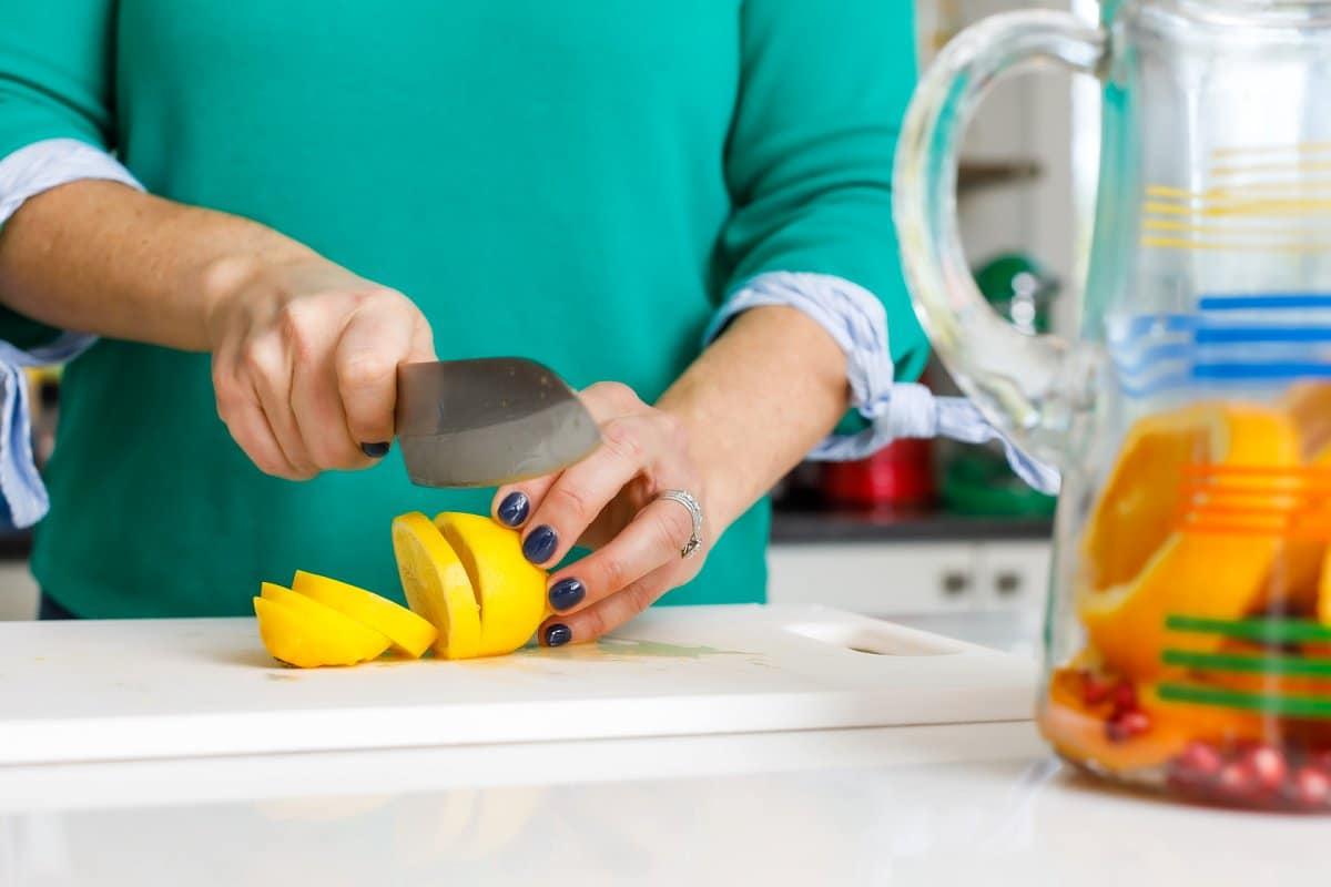 Liz slicing lemon